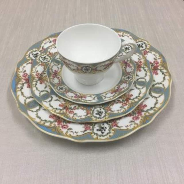 Antoinette Bleu China Rentals Raleigh Nc Where To Rent